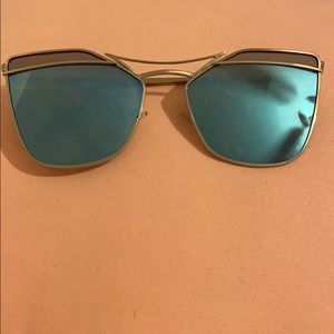 Blue tint reflection sunglasses